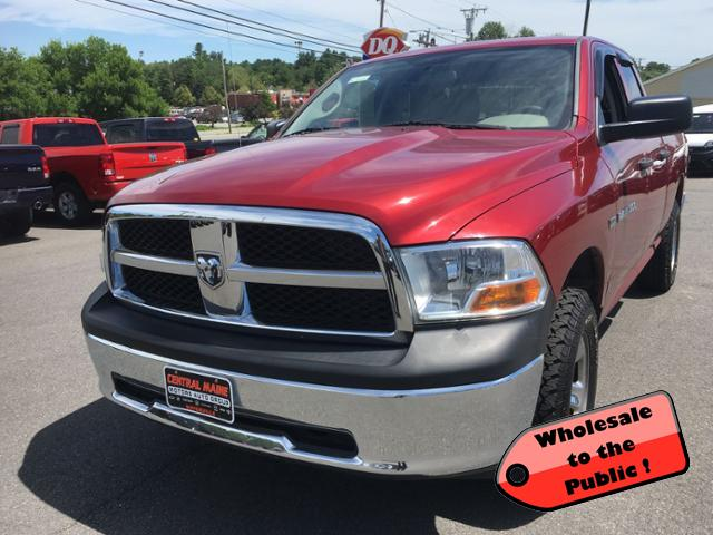 Pre-Owned 2011 Ram 1500 4WD Quad Cab 140.5 ST