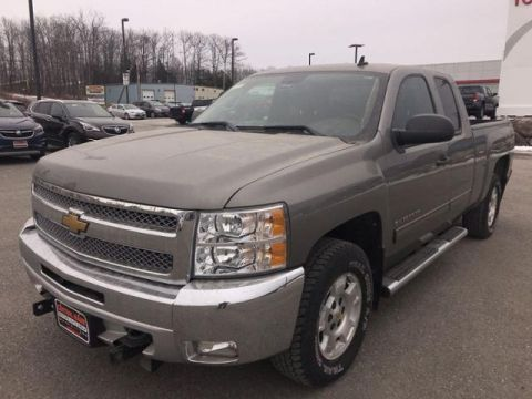 Pre-Owned 2012 Chevrolet Silverado 1500 4WD Ext Cab 143.5 LT