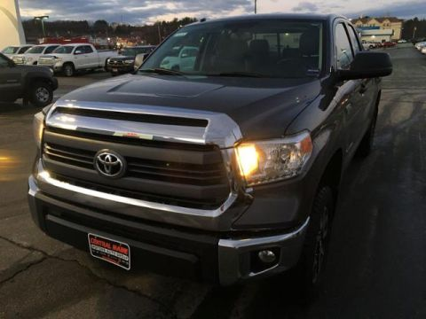 Pre-Owned 2015 Toyota Tundra 4WD Double Cab 5.7L V8 6-Spd AT SR5