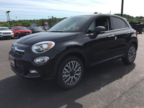 New 2018 FIAT 500X Lounge AWD